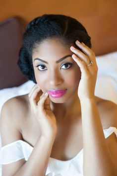 Nigerian Wedding: Fabulous Hairstyles For The Natural Hair Bride My Hairstyle, Afro Hairstyles, Black Women Hairstyles, Bridal Makeup, Bridal Hair, Wedding Makeup, Natural Hair Wedding, Curly Hair Styles, Natural Hair Styles