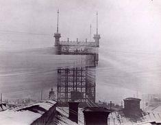 Uma torre telefônica que conectava 5 mil linhas telefônicas em Estocolmo (1890)