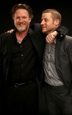 Gotham - Detectives Harvey Bullock (Donal Logue) and James Gordon (Ben McKenzie)