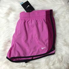 Nike Running Shorts BRAND NEW -   TRADES/PAYPAL/MERCARI NO LOWBALLING ✅BUNDLE DISCOUNT ✅NEXT DAY SHIPPING ✅MAKE AN OFFER Nike Shorts