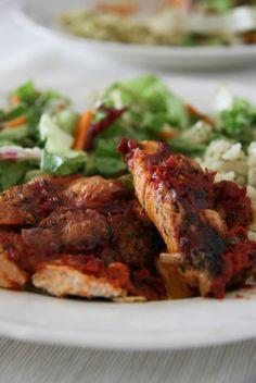 Paradicsomos rakott 1 óra alatt gluténmentes egytálétel Könnyen elkészíthető, ám de annál ízletesebb főételt hoztunk a kedves olvasóinknak! Gyors gluténmentes egytálétel. A zöldségek kiváló rostforrások!