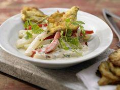 Gebratene Austernpilze mit Gemüse-Ragout und Kräutern: Mit diesen Austernpilz-schnitzeln in Parmesan-Ei-Hülle werden Sie fleischlos glücklich!