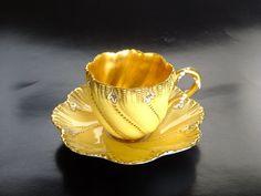 Coalport Teacup ~ UK, 1891-1920 (Kazumi Murakami collection)