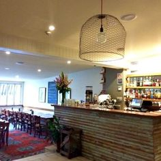 royal-hotel-bowral-southern-highlands-nsw-bar-area-in-dining-room
