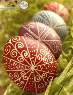 Easter Egg Designs, About Easter, Diy Ostern, Egg Art, Brown Eggs, Rock Crafts, Egg Decorating, Egg Shells, Easter Crafts