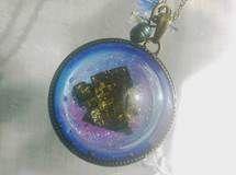 蓄光性 ビスマス結晶の迷宮ネックレス