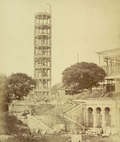 Building of The Crystal Palace Tower & steps to the great exhibition. Vintage London, Old London, South London, Exhibition Building, Exhibition Space, Crystal Palace, Hyde Park, Palace London, Glass Structure