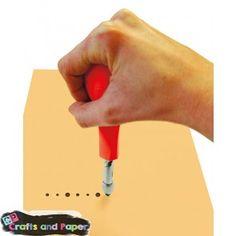 crafts-and-paper-ΜΗΧΑΝΗΜΑ-ΚΟΠΤΙΚΑ-ΤΡΥΠΕΣ+3-ΜΥΤΕΣ Plastic Cutting Board, Tools, Diy, Crafts, Fashion, Moda, Instruments, Manualidades, Bricolage