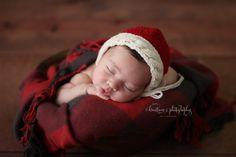 Kreations Photography / Newborn / Christmas / Natural Light