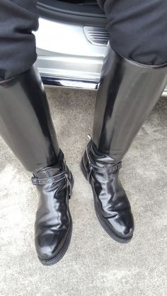 Tall Leather Boots, Biker Leather, Tall Boots, Knee High Boots, Leather Shoes, Black Boots, Black Leather, Mens Boots Fashion, Men In Uniform