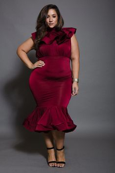 0f714fbce8 Plus Size Cascade Neck Mermaid Classy Maxi Dress  maxidressesgorgeous Plus  Size Fashion Tips