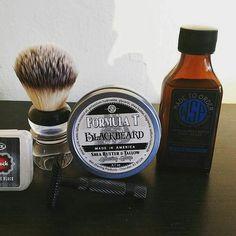 "#Repost @thedalyshave  A BBS shave using WSP ""Blackbeard"" set an amazing aroma  with the splash to match.  Preparation- Hot shower Shaving Soap- WSP ""Blackbeard"" Shaving Brush- Razorock Slivertip plissoft shaving brush Razor- PAA DOC the ""Grackle"" Blade- Astra blade Post shave- Cold water rinse and razorock alum block Aftershave- WSP ""Blackbeard"" AS splash #thedalyshave #smoothshave #BBSshave #cleanshave #closeshave #wetshaving #shavelikeaman #shavelikeyourgrandpa #PAADOCrazor…"