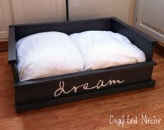 10 Visually Appealing Dog Beds DIY Dog Bed from Crafted Niche Puppy Beds, Pet Beds, Diy Lit, Designer Dog Beds, Diy Dog Bed, Animal Projects, Dog Houses, Diy Stuffed Animals, My New Room