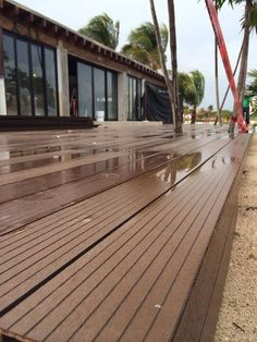 Deck WPC (Wood and plastic composite) LEED Points