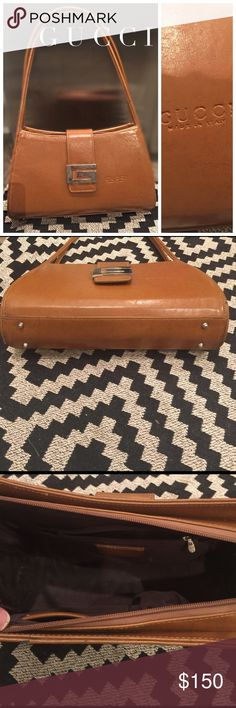 Vintage Gucci purse SALE 💃🏼 Vintage GUCCI bag. I bought at an estate sale. Only asking what I paid for it. Minor wear, but in overall good condition. Gucci Bags Shoulder Bags
