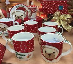 """Le tazze non sono mai abbastanza, e con le """"Mug storie di Natale"""" firmate Thun arricchisci la tua collezione di dolcezza e tenerezza 🐼❣️"""