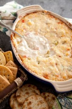 Cheesy Shrimp Dip cup butter cup chopped red bell pepper 1 pound medium fresh shrimp, peeled, deveined, and coarsely chopped cup sliced green onions 1 cup sour cream 1 cup shredded Parmesan 1 cup shredded mozzarella cup mayonnaise Dip Recipes, Seafood Recipes, Great Recipes, Cooking Recipes, Favorite Recipes, Healthy Recipes, Cooking Tips, Retro Recipes, Recipies