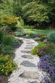 Stepping stone pathway