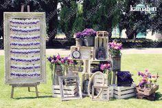 www.kamalion.com.mx - Decoración / Busca tu Mesa / Morado / Purple / Vintage / Rustic Decor / Wedding / Bautizo / Placing Cards.