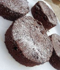 five-minute cake without flour (Hun) Raw Food Recipes, Cookie Recipes, Baking And Pastry, Healthy Sweets, Chocolate Cookies, No Bake Desserts, Summer Recipes, Food To Make, Sweet Tooth