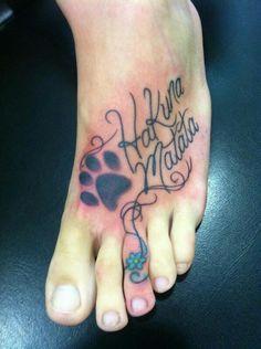 Hakuna matata tattoo with hibiscus flower tats - Tatouage hakuna matata ...