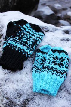 Ravelry: Winter -mittens pattern by Milla H. Knitted Mittens Pattern, Crochet Mittens, Knitted Gloves, Knitting Socks, Knitting Patterns Free, Free Knitting, Knit Socks, Fingerless Gloves, Wrist Warmers