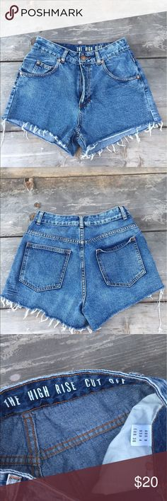 "1991 HIGH WAIST MINI DENIM JEAN SHORTS SZ 4 1991 HIGH WAIST MINI DENIM JEAN SHORTS SZ 4 - WAIST 12"" 1991 Shorts Jean Shorts"