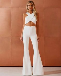 Nice white jumpsuit design - Nice white jumpsuit design Source by - White Outfits, Classy Outfits, Trendy Outfits, Summer Outfits, Fashion Outfits, Ladies Outfits, White Outfit Party, Designer Jumpsuits, White Jumpsuit