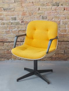 Mid Century Modern Steelcase Swivel Office Desk Chair - RARE Yellow Tweed, White and Black - 60s Retro Mod - Mad Men on Etsy, $295.00