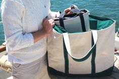 New England Classic Style | L.L. Bean tote | Cream cable knit jumper | Seaside | Salt Water New England