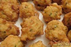 Receita de Pataniscas de bacalhau da sara em receitas de peixes, veja essa e outras receitas aqui!