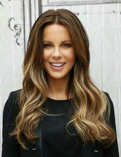 70 + awesome styles for brown hair with blonde highlights or balayage Brown Hair With Highlights, Brown Blonde Hair, Hair Color Highlights, Kate Beckinsale Hair, Kate Beckinsale Pictures, Best Ombre Hair, Balayage Hair, Hair Inspiration, Hair Beauty
