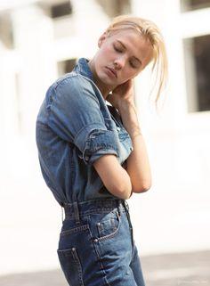 How to wear rolled-up sleeves, denim jeans, denim shirt  / Garance Doré