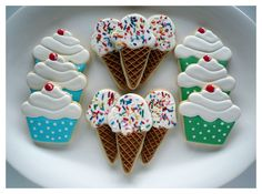 cupcakes & ice cream cone cookies