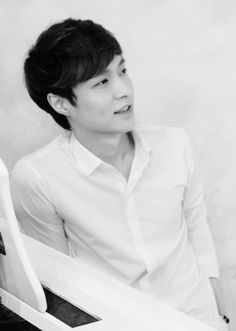 EXO-Lay regular bias list #5 Why I love him, He's an excellent dancer, His singing skills, He has a charming Celebrity Persona, His guitar and piano skills, his rapping skills. Those cute dimples, He's gorgeous:)