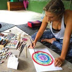 [NOWY WPIS NA BLOGU] Jak się bawić by rozwijać kreatywność? O przeszkodach i prostym sposobie na kreatywność #blog #kreatywnie #kreatywność #gry #zabawy #reggioemilia #dzieciaki #dzienduzegodziecka #sztukamedytacyjna #medytacja