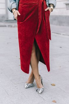 Red Wrap Skirt | Street Style #Streetstyle