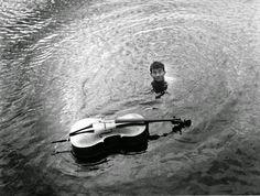 D'eau majeure, 1957