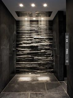 Neato! - Slate and stone bathroom | CHECK OUT MORE IDEAS FOR SHOWERS AT DECOPINS.COM | #showers #masterbathrooms #bedroom #bedrooms #bathroom #bathrooms #homedecor #beds #interiordesign #home #homedecoration #design