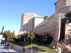 Os invitamos a pasear por el Castillo de Santiago, en  Sanlúcar de Barrameda.  #historia #turismo  http://www.rutasconhistoria.es/loc/castillo-de-santiago