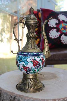 LARGE TURKISH CERAMIC EWER, 50 cm, PITCHER, IBRIK Pottery Teapots, Ceramic Teapots, Ceramic Decor, Ceramic Pottery, Turkish Design, Turkish Art, Grand Bazaar Istanbul, Turkish Fashion, Moroccan Decor
