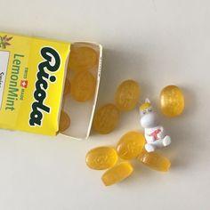 yellow aesthetic soft pastel yellow lemon citrus mango yellow banana milk korean japanese aesthetics aesthetic minimalistic ethereal grunge r o s i e Korean Aesthetic, Aesthetic Colors, Aesthetic Food, Aesthetic Photo, Aesthetic Pictures, Aesthetic Yellow, Cat Aesthetic, Aesthetic Pastel, Aesthetic Clothes