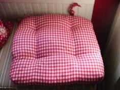 b03b48bc3b53cc5e796645e5f6cd1430--big-cushions-seat-cushions.jpg
