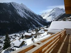 Chalet Rental : Stunning chalet with outdoor jacuzzi and beautiful mountain views in Grimentz, Switzerland