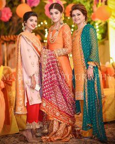 Gharoli ceremony mahasphotography weddingphotography pakisatnibride pakistanifashion pakistaniwedding… is part of Bridal mehndi dresses - Bridal Mehndi Dresses, Pakistani Mehndi Dress, Pakistani Wedding Outfits, Pakistani Dress Design, Bridal Outfits, Pakistani Dresses, Indian Dresses, Indian Outfits, Mehendi