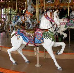 The Enchanted Dentzel Carousel Horses. CarouselHorseWhitesm.JPG (437×432)