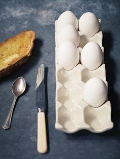 Ceramic Egg Holder NEW - Domestic Diva