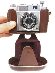 Vintage Carl Zeiss Ikon Contina 35 mm Camera, 45 mm Novicar Anastigmat Prontor L