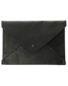 Oversized Envelope Clutch in Black ILUNDI
