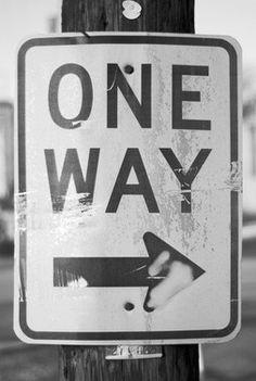 Only one way to go...... #zwart-wit